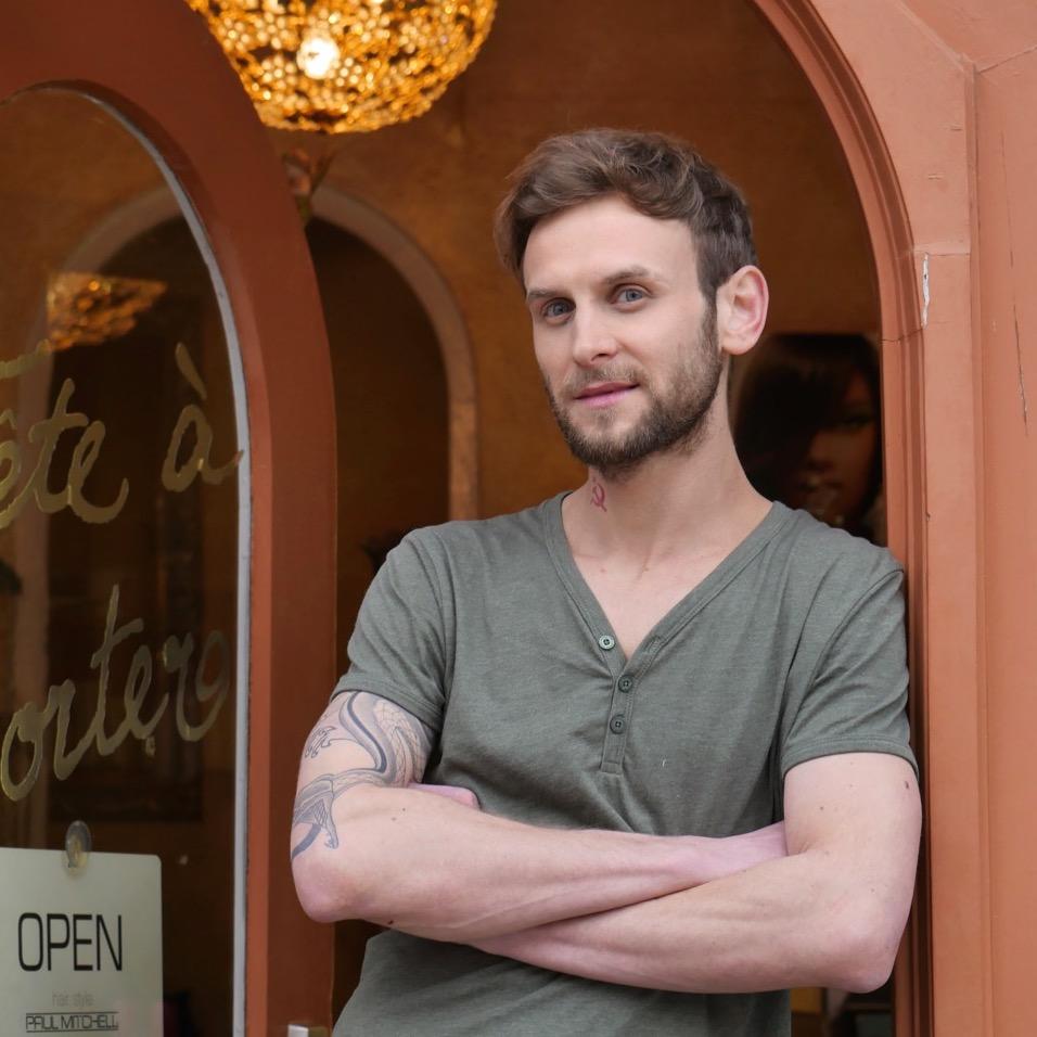 Tête à porter Friseure München | Team | Pawel
